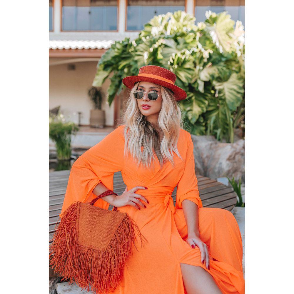 A cor Pantone Saffron arrasa nos chapéus