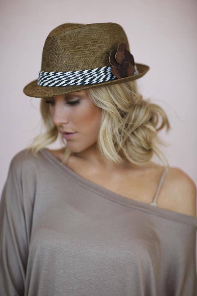 Penteado com chapéu