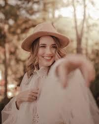 como tirar foto usando chapéu
