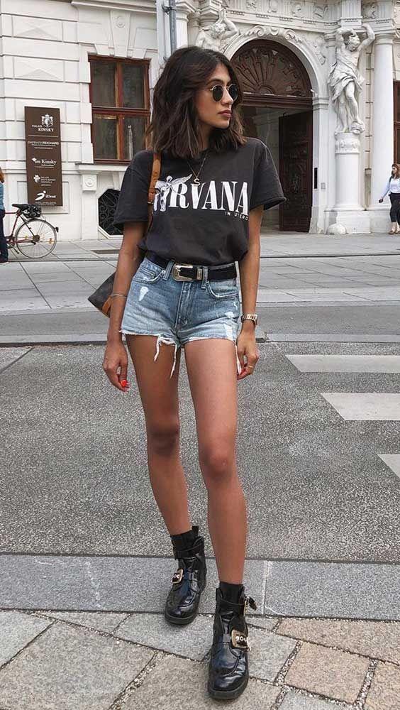 Imagem mostra camiseta de banda como usar